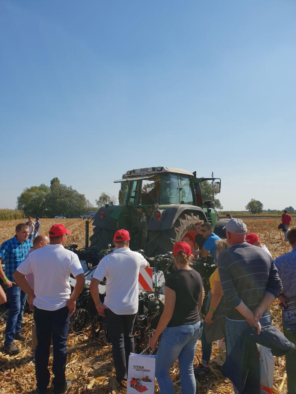 Сельскохозяйственная техника и запчасти